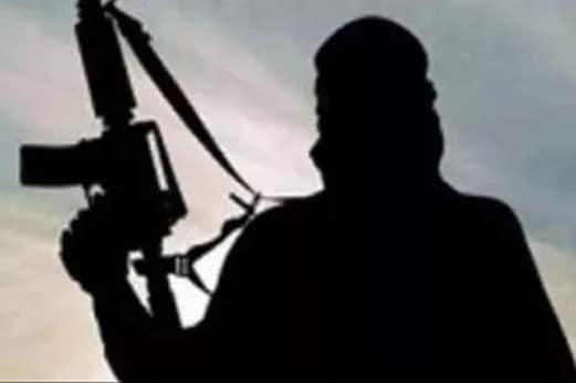 جموں و کشمیر : کشتواڑ میں حزب المجاہدین کے چار دہشت گرد گرفتار ، سرچ آپریشن جاری