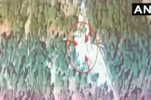 ائیر اسٹرائیک : ہندوستانی فضائیہ نے ویڈیو شیئر کرکے بتایا ، پاکستان کے بالاکوٹ میں کیسے برسائے تھے بم
