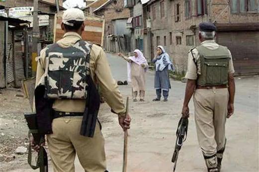 جموں و کشمیر : شرمل میں دہشت گردوں نے راجستھان کے ٹرک کو بنایا نشانہ ، ڈرائیور کو مار ڈالا