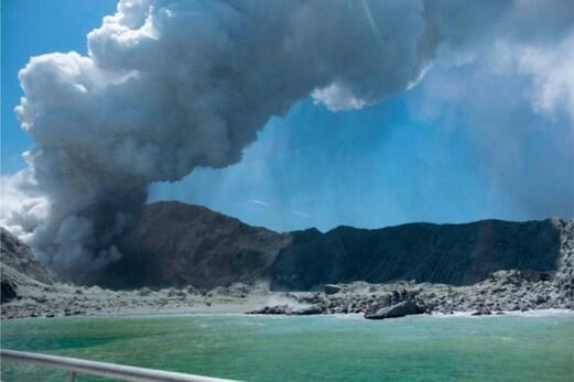 نیوزی لینڈ آتش فشاں کا دھماکہ: چھ لاشیں برآمد،مہلوکین کی تعداد22 تک پہنچی
