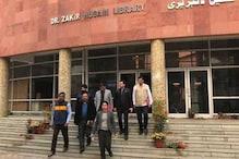 جامعہ تشدد : قومی انسانی حقوق کمیشن کی ٹیم نے یونیورسٹی کی لائبریری کا دورہ کیا