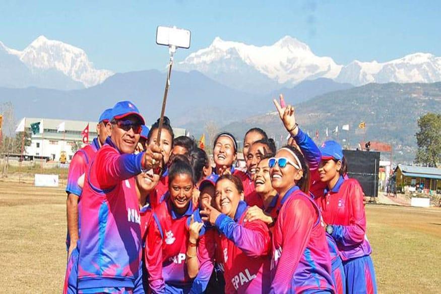 نیپال خواتین کرکٹ ٹیم کے لئے انجلی چند نے دو ہی میچ کھیلے ہیں۔ فائل فوٹو