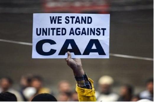 ممبئی: شہریت ترمیمی قانون مخالف مظاہروں پر بات کرنا پڑ امہنگا۔ شاعر کو کیب ڈرائیور نے پہنچایا پولیس اسٹیشن