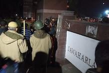 جے این یو تشدد: دہلی پولیس نےایف آئی آرمیں تسلیم کیا، سامنے سے دو باربھاگ گئے 50-40 نقاب پ