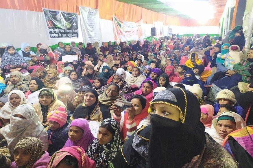 رانچی میں دہلی کے شاہین باغ کے طرز پر سی اے اے ۔ این آر سی اور این پی آر کے خلاف احتجاج ۔(تصویر:نوشادعالم)۔