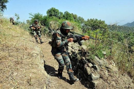 جموں وکشمیر:  فوج نے ایل او سی پر دراندازی کی کوشش ناکام بناکر تین جنگجووں کو ہلاک کردیا