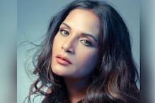 اداکارہ رچا چڈھا کی علی فضل کے ساتھ ہوئی منگنی ! انگیجمنٹ رنگ کے ساتھ شیئر کی ایسی تصویر