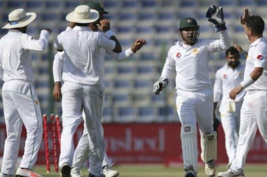 ٹیسٹ کرکٹ سے کھلاڑیوں کی بے رخی پر بھڑکا پاکستان کا یہ بڑا کھلاڑی ، پی سی بی سے کیا یہ مطالبہ