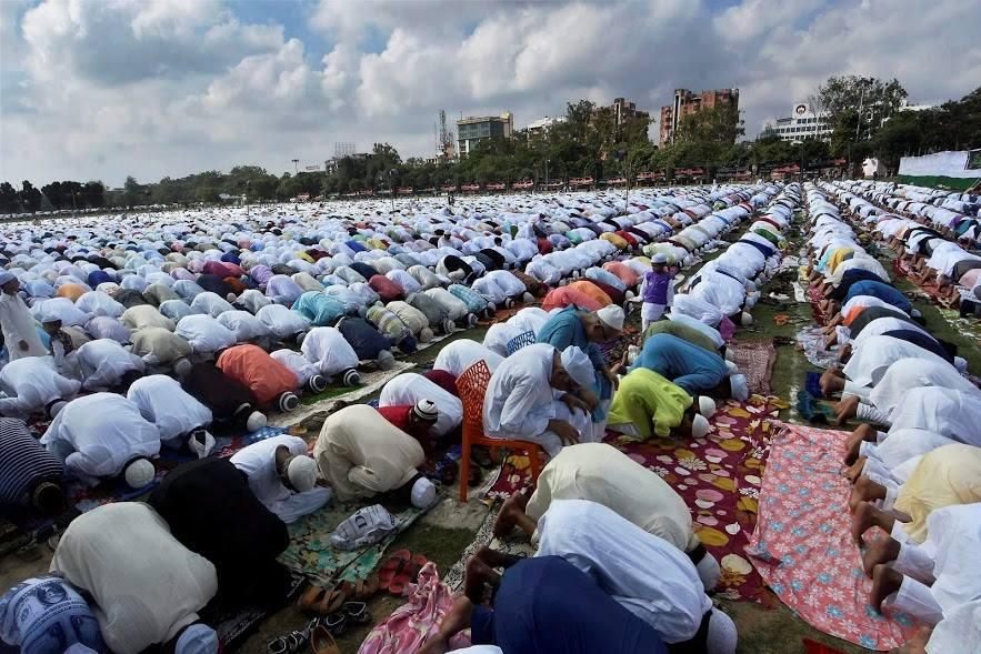 عیدالفطر ہر سال انتہائی جوش وخروش کے ساتھ منائی جاتی تھی۔ علامتی تصویر