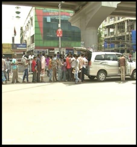 حیدرآباد میونسپل کارپوریشن نے این جی اوز کے ذریعہ اس طرح کام کرنے پر اعتراض ظاہرکیا ہے۔