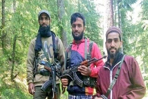 جموں وکشمیر: فوج اور پولیس کی مشترکہ آپریشن، کپواڑہ میں لشکر سے وابستہ 3 مقامی ملی ٹینٹ گرفتار