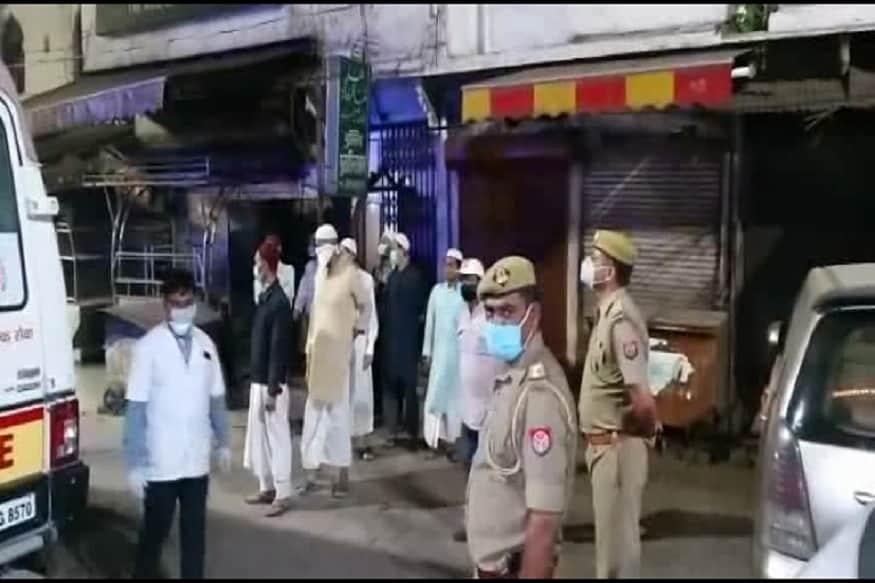 پولیس نے تبلیغی جماعت کے افراد کےخلاف شہر کے دو پولیس تھانوں میں ایف آئی آر درج کرائی ہے۔