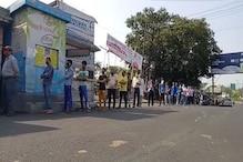 میرٹھ : گھر واپسی کے لیے مزدوروں کی لگی لمبی قطاریں
