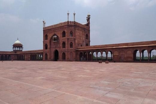 دہلی: جامع مسجد کے صحن میں نہیں ہوگی نماز، سوشل ڈیسٹنسنگ کا رکھا جائے گا پورا خیال