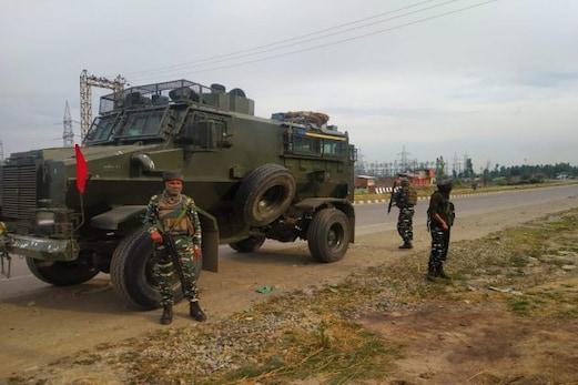 جموں وکشمیر: اننت ناگ میں حفاظتی فورسز نے دو ملیٹینٹوں کو مار گرایا، انکاؤنٹر سے قبل ملیٹینٹوں نے خود سپردگی کی پیشکش کو ٹھکرایا
