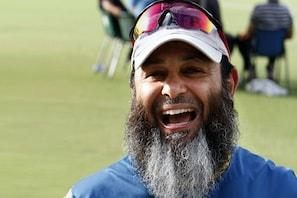 پاکستان کرکٹ ٹیم کے مینٹرمشتاق احمد نے کورونا سے متعلق کہی یہ بات