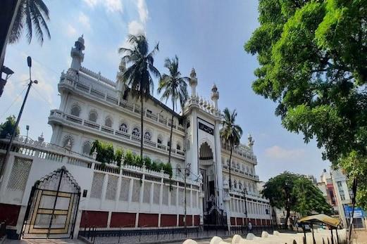 بنگلورو کی سٹی جامع مسجد نے دیگر مساجد کیلئے پیش کیا نمونہ، کوروناوبا سےمصلیوں کی حفاظت کیلئے اختیار کیں کئی احتیاطی تدابیر
