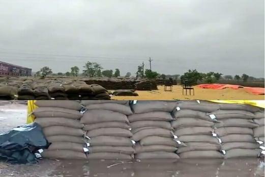 نسرگ طوفان نے مدھیہ پردیش میں مچائی بھاری تباہی: یہاں دیکھیں تصویریں