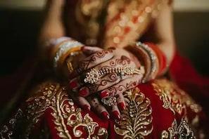 شادی کی پہلی رات ہی شوہر نے بیوی کے ساتھ کردی ایسی گھنونی حرکت ، جان کر اڑ جائیں گے ہوش