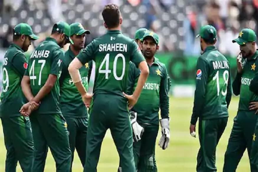 پاکستان کی ٹیم نے اتوار کو مینچسٹر کے میدان پر کھیلے گئے دوسرے ٹی -20 میچ میں بے حد ہی خراب کرکٹ کھیلتے ہوئے شکست کا سامنا کیا۔
