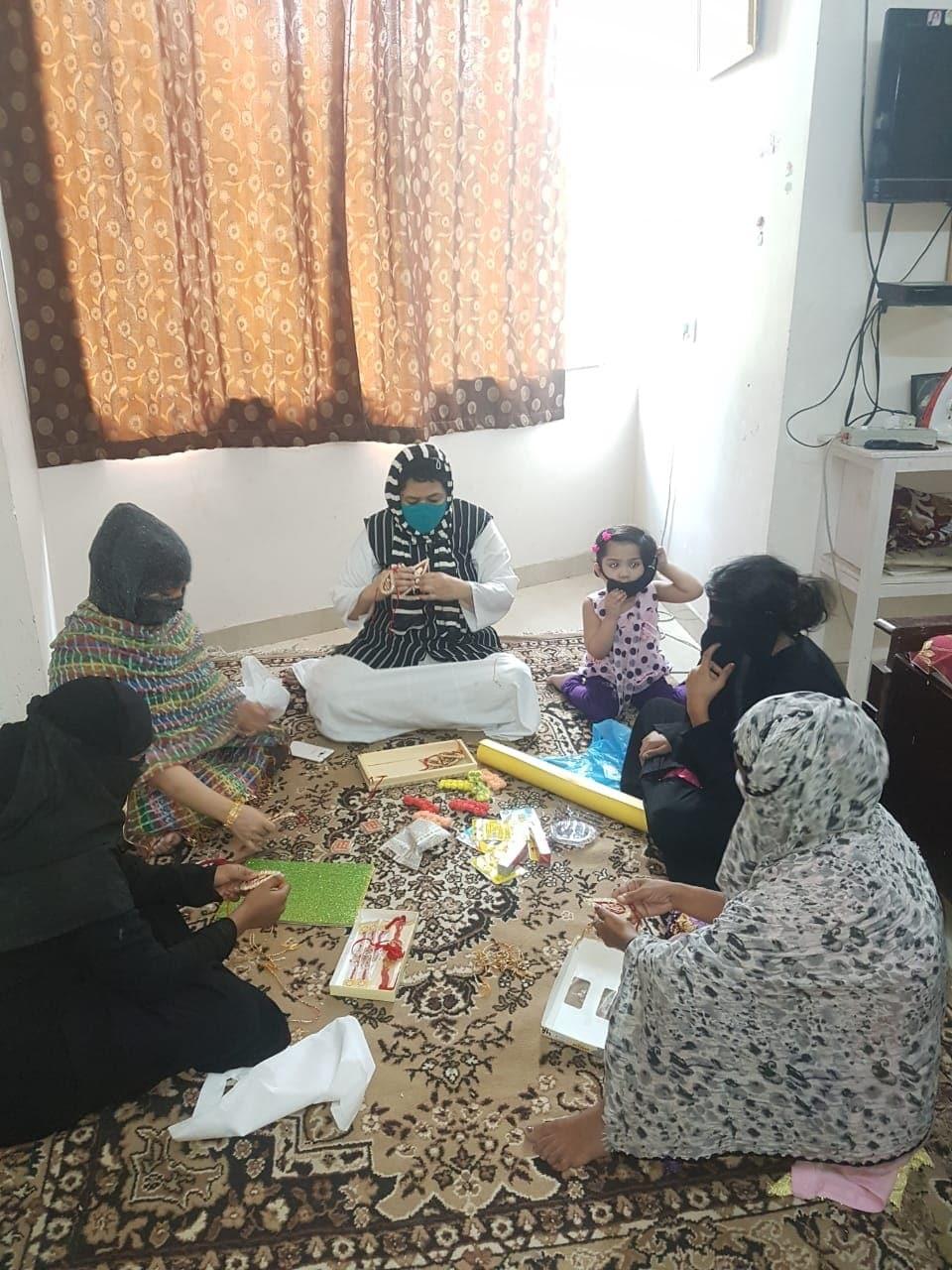 مسلم راشٹریہ منچ سے وابستہ میرٹھ کی خواتین نے رکشا بندھن کے موقع کو خاص بنانے اور آپسی فرقہ وارانہ اتحاد اورگنگا جمنی تہذیب کی مثال پیش کی ہے۔