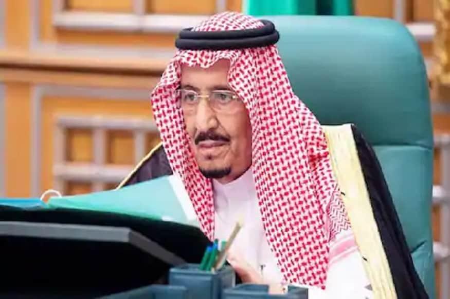 شاہی محل سے جاری ہونے والے بیان میں کہا گیا ہےکہ سعودی فرمانروا شاہ سلمان کو طبی معائنہ کے لئے کنگ فیصل اسپیشلسٹ اسپتال میں داخل کیا گیا ہے جہاں ڈاکٹرز کی ٹیم فرمانروا کا معائنہ کر رہی ہے۔