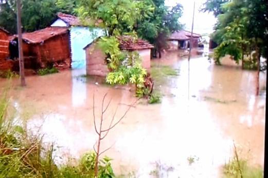 بہار میں سیلاب کا قہر جاری ، دربھنگہ شہر کے لوگوں میں سیلاب کو لے کر دہشت کا ماحول