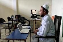 آن لائن تدریس کیلئے میرٹھ کے اس عربی کالج کے مدرس  نے پیش کی مثال، ہر طرف ہورہی تعریف