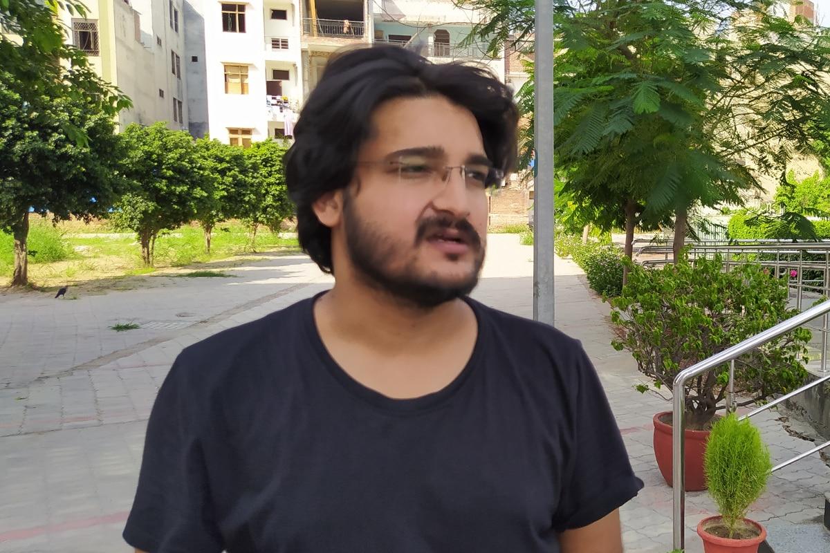 سفیان احمد کہتے ہیں کہ مضمون کو دلچسپی اور مہارت کی بنیاد پر منتخب کرنا چاہئے اور سب سے بڑھ کر اپنا انفرادی تجزیہ بہت ضروری ہوتا ہے ۔