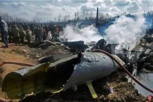سری نگر کے ہیلی کاپٹر حادثہ میں افسروں کے خلاف کارروائی پر ملیٹری کورٹ نے لگائی روک