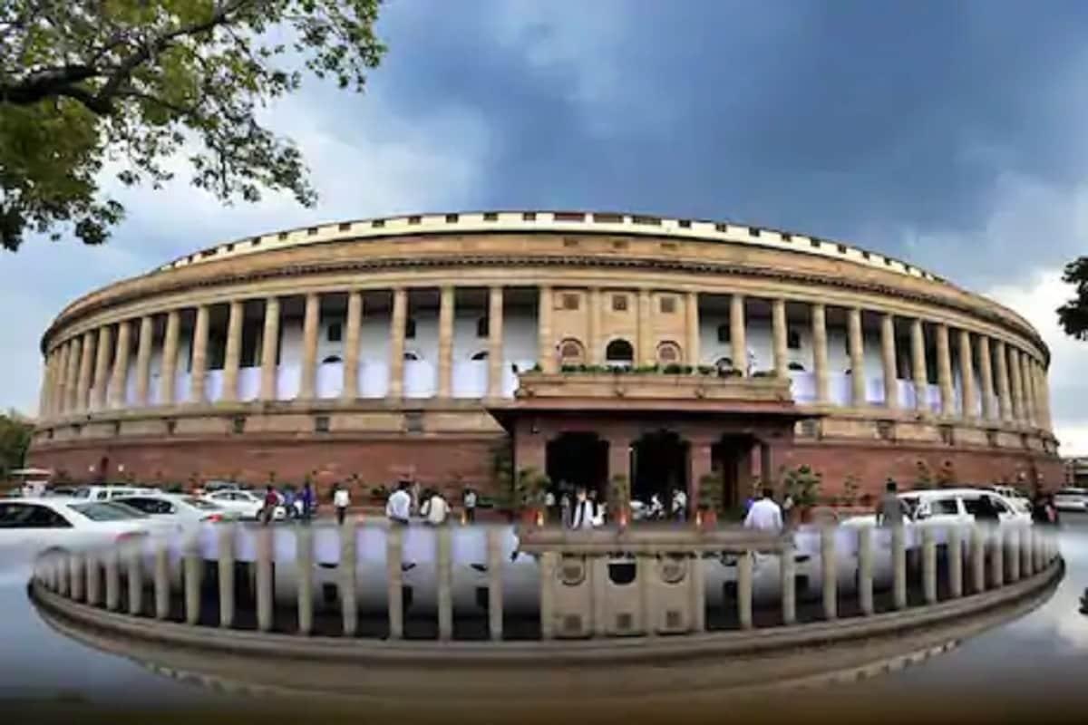 پارلیمنٹ آف انڈیا کی عمارت۔(فائل فوٹو: نیوز18)۔