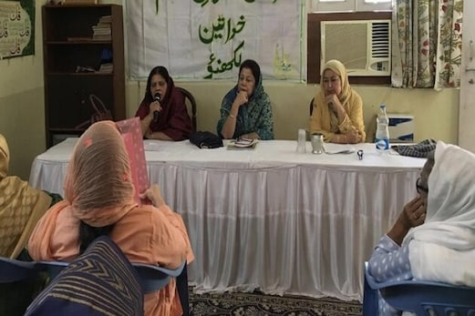 عورتوں کے خلاف بڑھتے جرائم پر خواتین تنظیموں  نے اٹھائی آواز