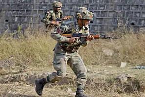 جموں و کشمیر: راجوری میں ایل او سی پر دھماکہ، دو فوجی جوان زخمی
