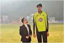 پاکستان کے لئے کھیلنا چاہتا ہے دنیا کا سب سے لمبا کرکٹر، یہ بات جان کر رہ جائیں گے حیران