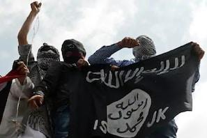 ISIS  کے دہشت گردوں نے کاٹ ڈالے 50 لوگوں کے سر ، پھر خواتین کے ساتھ کیا یہ گھنونا کام