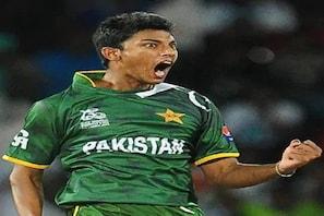 کووڈ-19 ضوابط کی خلاف ورزی کے قصوروار پاکستانی کھلاڑی کو برخاست کرکے گھر بھیجا گیا