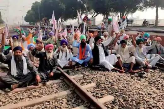 زرعی قوانین : پنجاب میں پیر سے چلیں گی مسافر ٹرینیں ، خالی ہوں گے سبھی ٹریک ، کسانوں نے دھرنا ختم کرنے کا کیا اعلان
