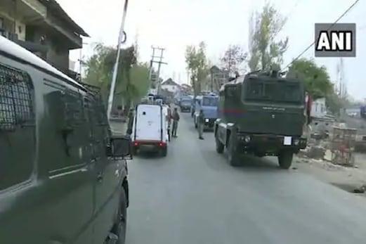 جموں و کشمیر : حزب المجاہدین کے چیف کمانڈر کو سیکورٹی فورسیز نے مار گرایا ، ایک دیگر گرفتار