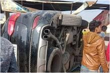 سابق کرکٹر اظہرالدین کی چلتی کار کا نکلا ٹائر ، بے قابو ہوکر کار ڈھابے میں گھس گئی