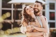 اداکارہ گوہر خان نے شیئر کیا ڈیجیٹل ویڈنگ کارڈ ، زید دربار کے ساتھ لو اسٹوری کی دکھی جھلک