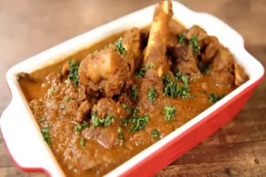 دہلی میں اب ریستوراں کے باہر لکھنا ہوگا : کھلایا جارہا گوشت حلال ہے یا جھٹکے کا