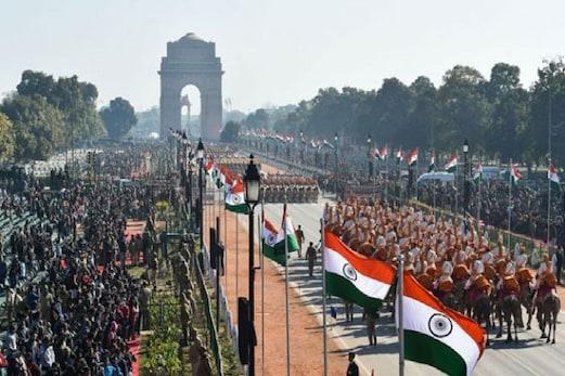 Republic Day Parade : ملک منا رہا ہے 72 یوم جمہوریہ، وزیر اعظم مودی نے پیش کی مبارکباد