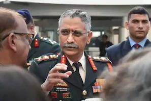 نئے خطرات کا تذکرہ کرتے ہوئے فوجی سربراہ نرونے نے کہا : ہمیں تیار رہنا ہوگا