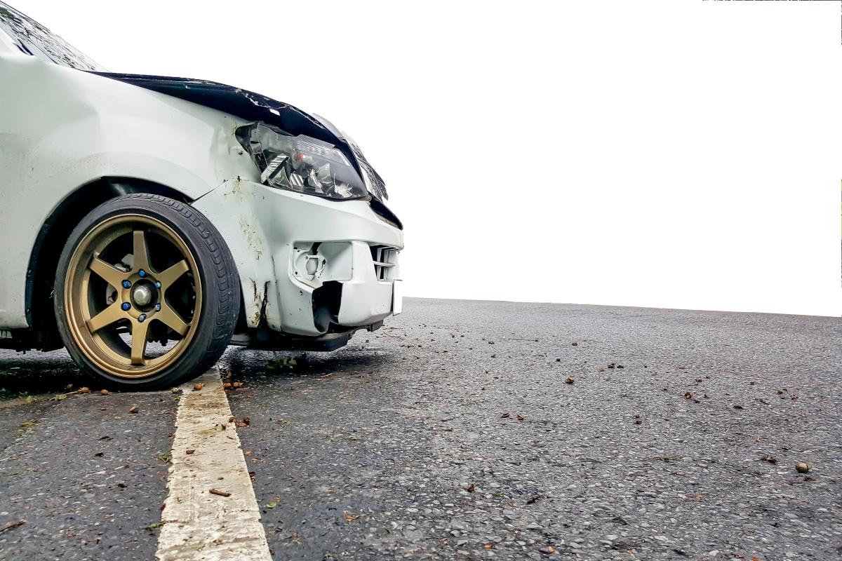 ڈرائیور یا گاڑی کا مالک جو حادثہ کا ذمہ دار ہے کو زخمی شخص کیلئے فوری طبی امداد حاصل کرنے کے لئے تمام معقول اقدامات کرنے کی ضرورت ہے۔