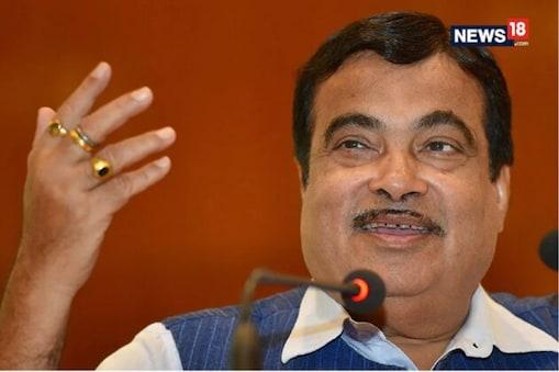دہلی ممبئی ایکسپریس وے کے ترقیاتی کاموں کا معائنہ کرتے ہوئے مسٹر گڈکری نے کہا کہ دہلی کا سب سے بڑا مسئلہ آلودگی اور جام ہے جس سے ان کی وزارت مسلسل چھٹکارا پانے کے لیے کام کر رہی ہے۔