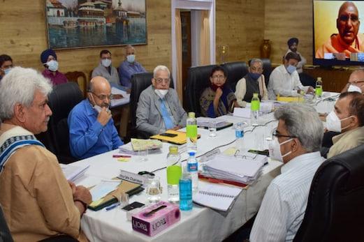 امرناتھ یاترا 2021 : یاتریوں کیلئے اضافی گروپ حادثاتی انشورنس کور فراہم کیا جائے گا
