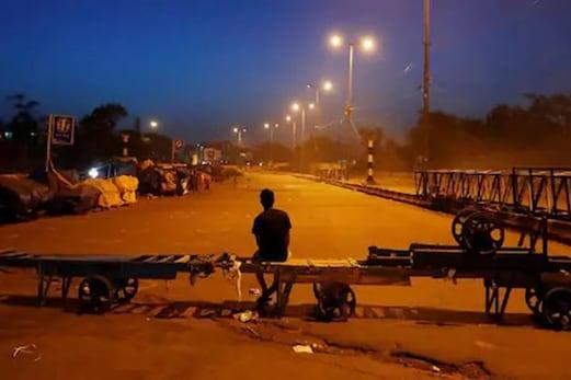 Weekend Curfew in UP:اترپردیش میں ویک اینڈکرفیو میں کی گئی توسیع،جمعہ کورات سےکرفیوکاہوگاآغاز