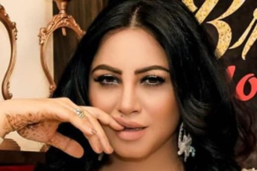 Arshi Khan Covid-19 Positive:معروف اداکارہ عرشی خان بھی کوروناپازیٹو،کہا''میرےلیےدعاکیجئے''''