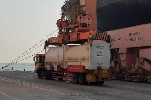 کورونا قہر کے درمیان سعودی عرب نے ہندوستان کیلئے بھیجی 80 میٹرک ٹن مائع آکسیجن کی کھیپ