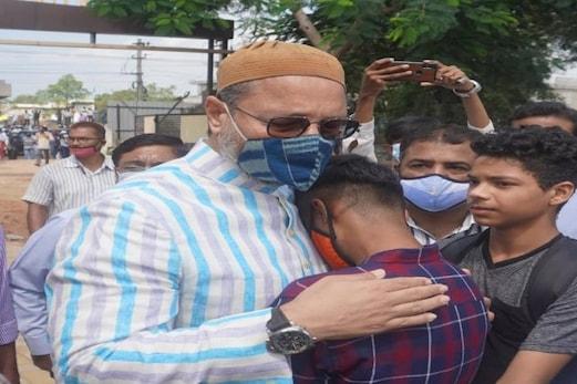 حیدرآباد:مسلم ڈرائیورسے پولیس نےکہاپاکستان چلے جاؤ،اسدالدین اویسی اس طرح ظاہرکیاردعمل